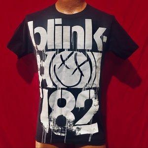 Blink 182 Smiley Rock Pop Punk Adult Small t shirt